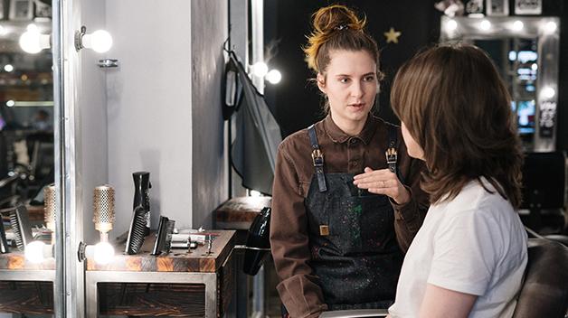Cómo aprovechar la información sobre clientes en una peluquería